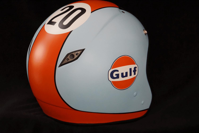 Custom Paint Helm mit Airbrush im Gulf Design in hellbau und orange