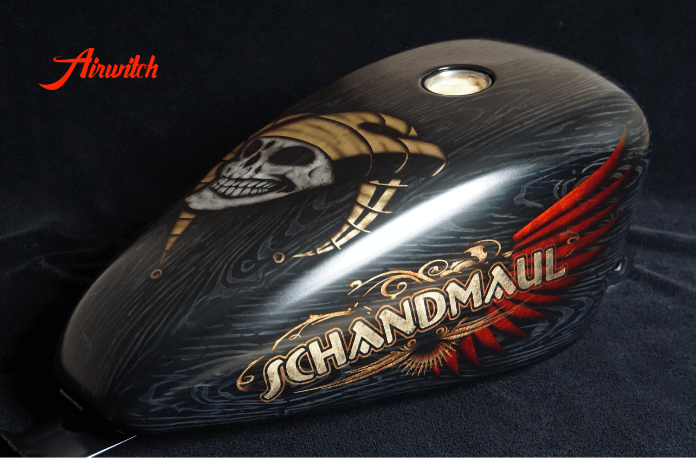 Harley Davidson Sportster 48 Tank Wood Black Custom Paint Airbrush Black Goldleaf Schandmaul