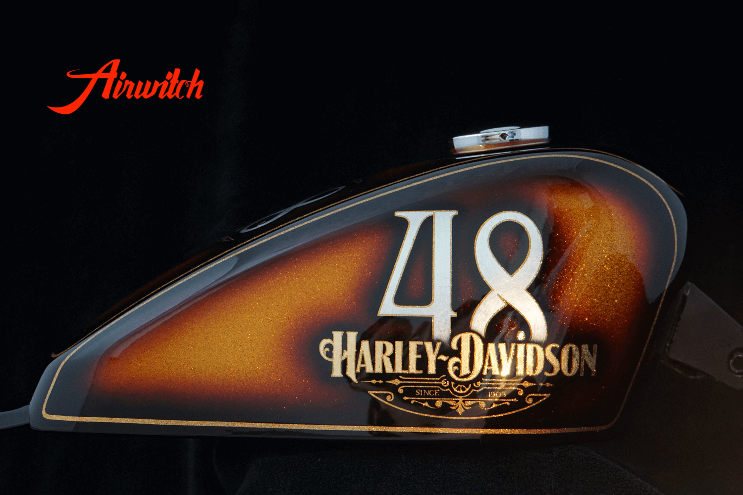 Harley Davidson Oldschool Metalflakes Peanut Tank Sporster 48 Custom Paint in Gold-Braun