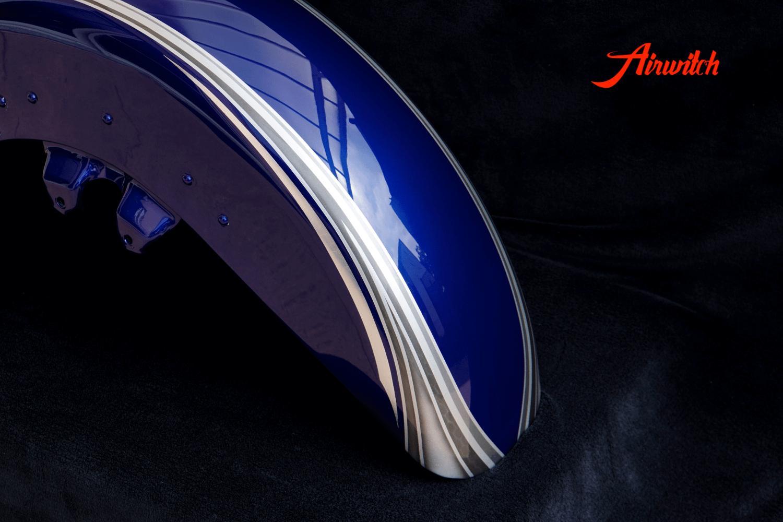 Harley Davidson Road Glide Frontfender Custom Paint mit silber-blauer Custom Lackierung mit Silber, Metalflakes und Blattsilber