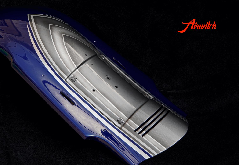 Harley Davidson Road Glide Heckfender Custom Paint mit silber-blauer Custom Lackierung mit Silber, Metalflakes und Blattsilber
