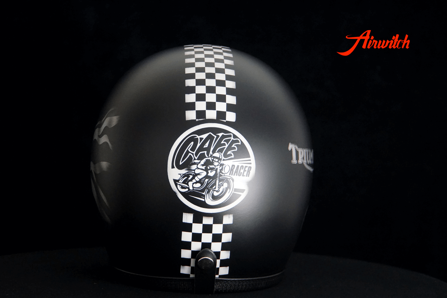 Cafe Racer Airbrush GB chequered flag black silver Airwitch