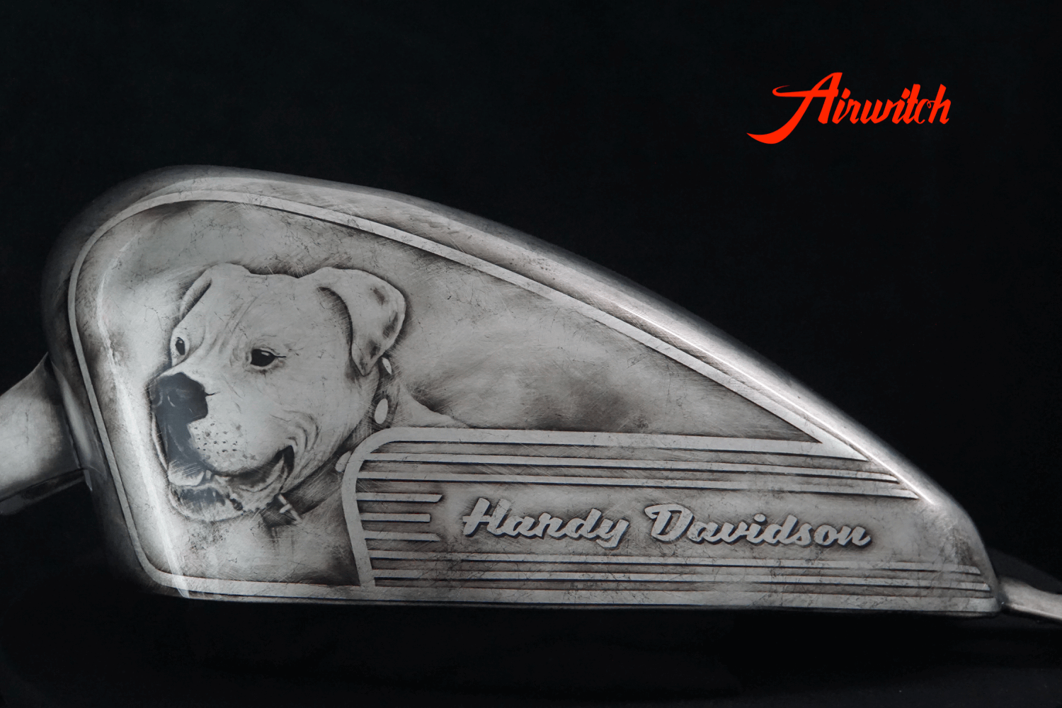 Custom Paint Harley Davidson Sportster 48 Tank Bobber mit Blattsilber - old silver with ancient look