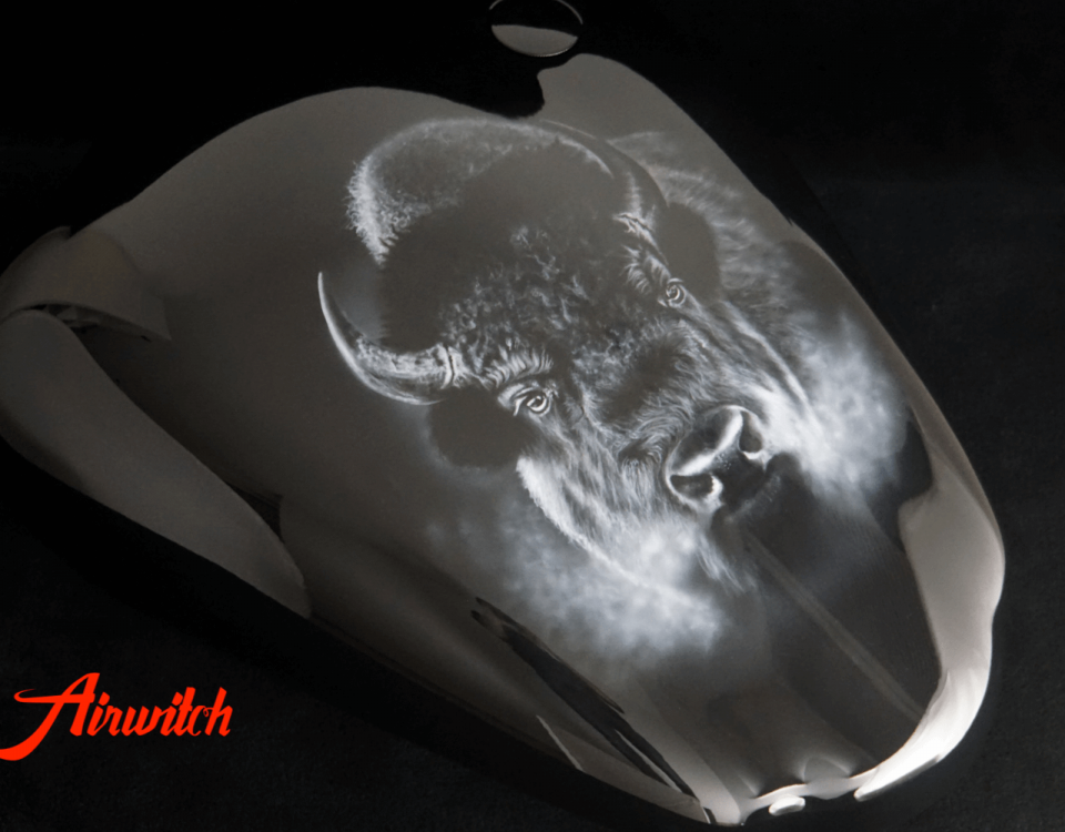 Big Black Buffalo Bull Custom Paint Airbrush Kawasaki VN 2000 Tank Lackierung