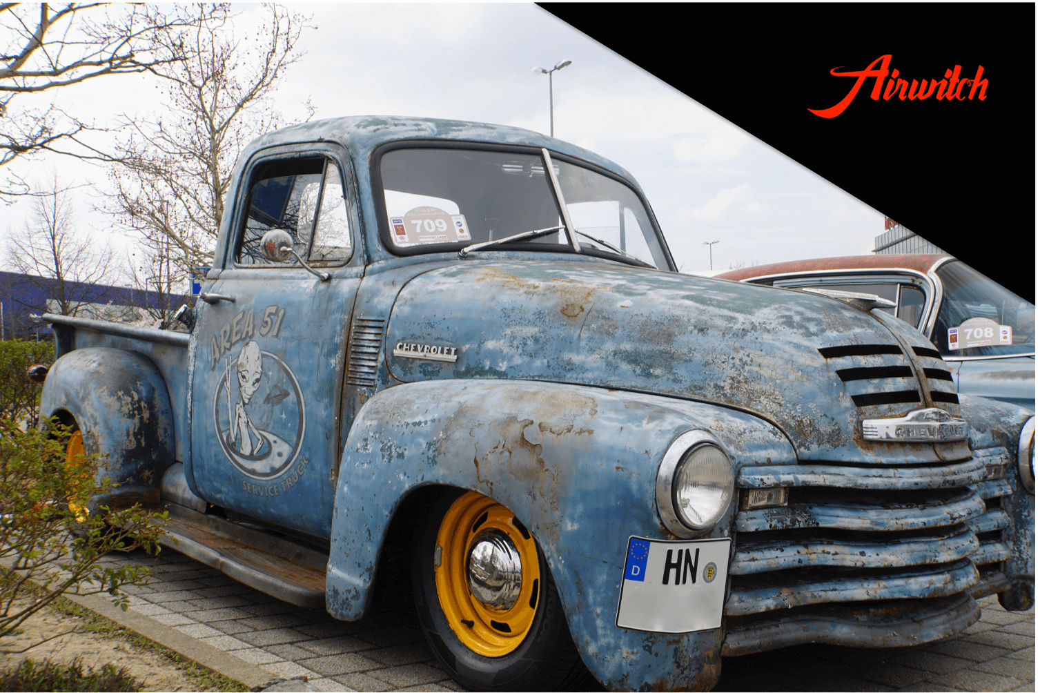 Custom Paint Chevrolet Pick-up 1950 with patina, rust and airbrush logo area 51alien, service truck