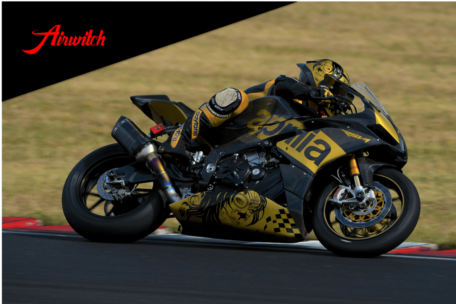 Aprilla RSV4 Carbon Helm AGV Pista GP Woman Custom Paint in schwarz gold mit la catrina und Airbrush Ornamenten