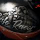Helm Custom Painting Cafe Racer mit Blattsilber und Zielflagge