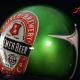 Custom Paint Helm mit Retro Used Airbrush und Bierettikett in Candygrün