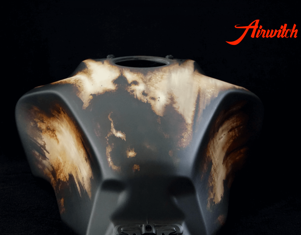 Airbrush Rost Rat Look Honda CB1000R Tank Custom Paint mit Used Look in braun