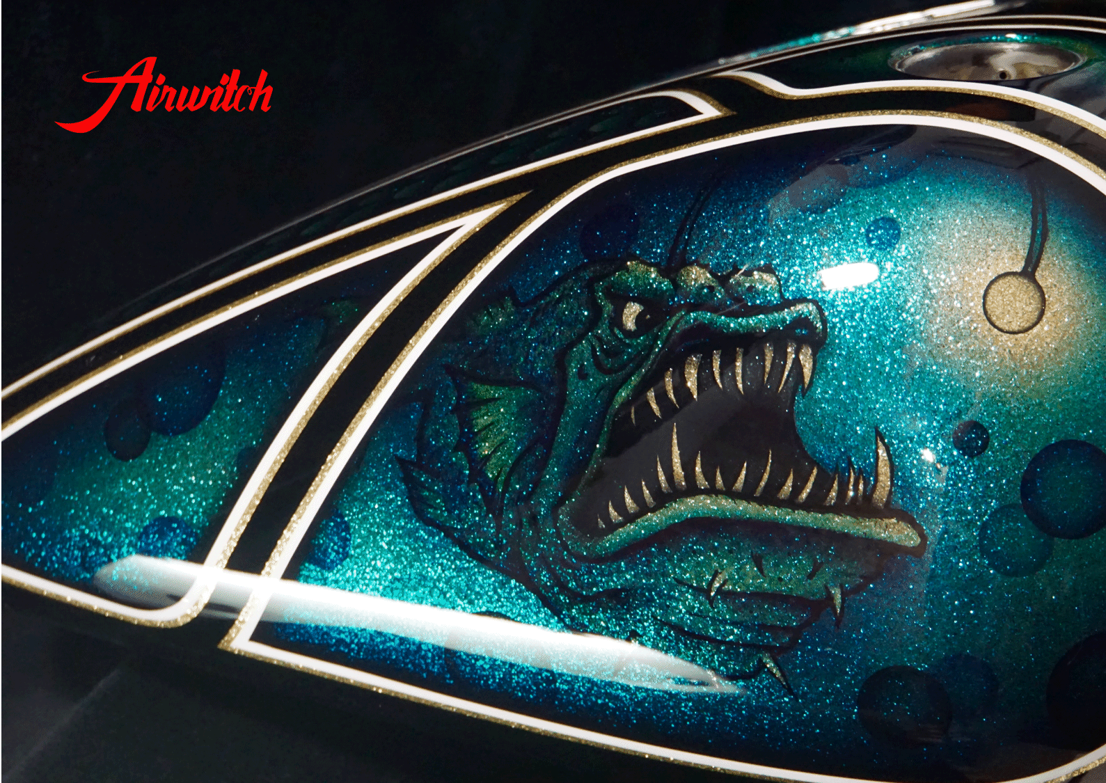 Custom Paint Harley Davidson Softail Metalflake Lackierung with anglerfish ocean blue turquoise gold black