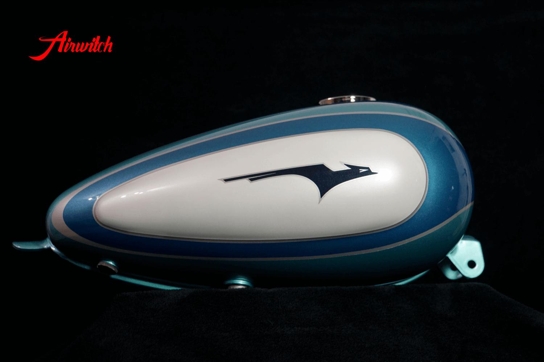 Custom Paint Harley Davidson 1933 Eagle Logo Retro Lackierung Chopper turquoise blue silver white