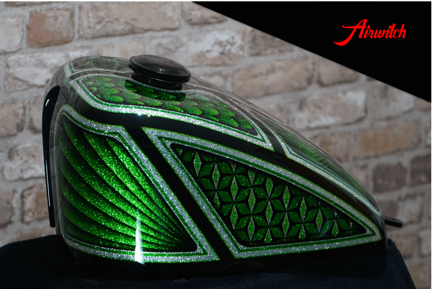 Custom Paint Harley-Davidson Shovelhead Metalflakes Frisco Green Silver Airwitch