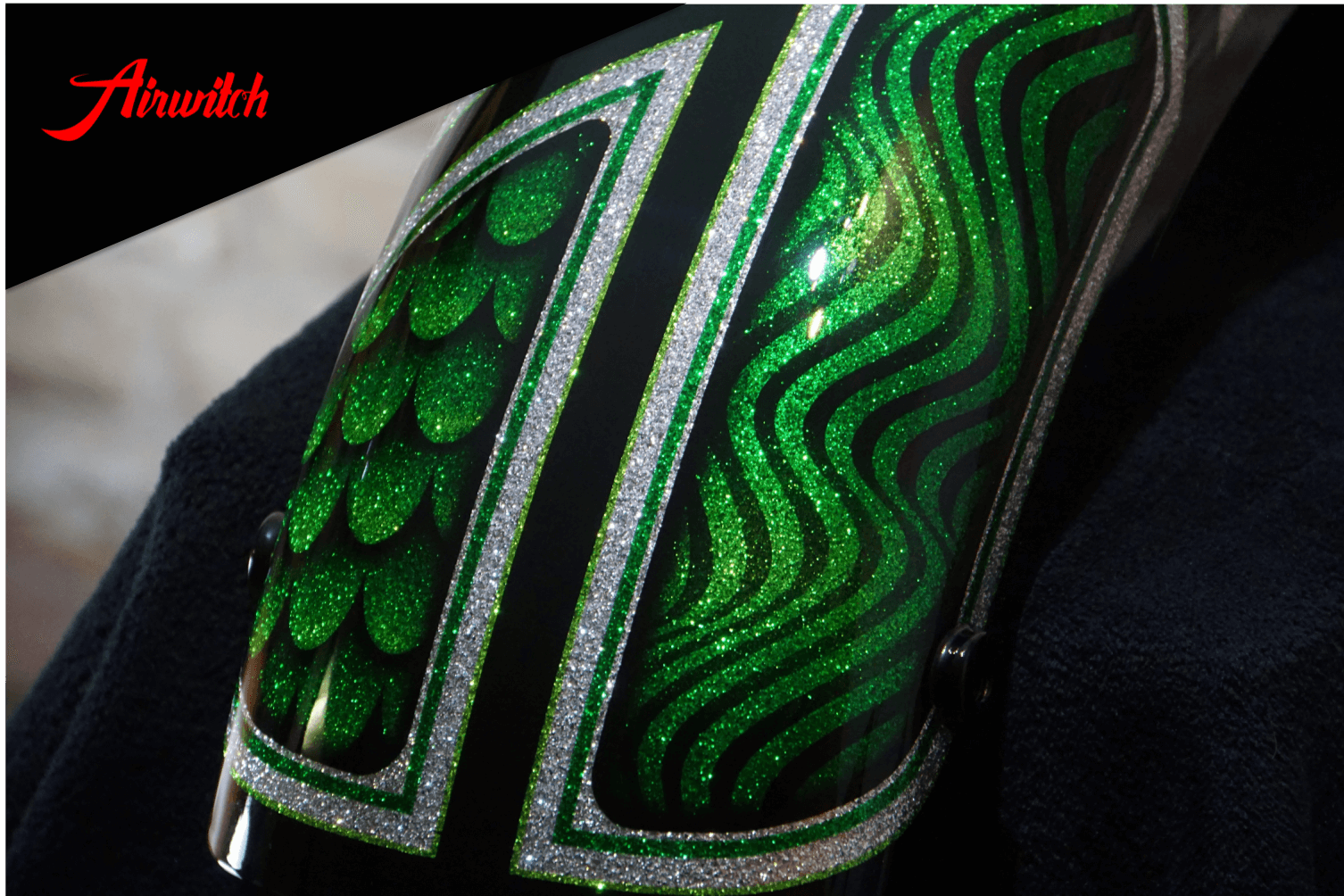 Custom Paint Harley-Davidson Shovelhead Metalflakes Lackierung Frisco Silver Green Airwitch