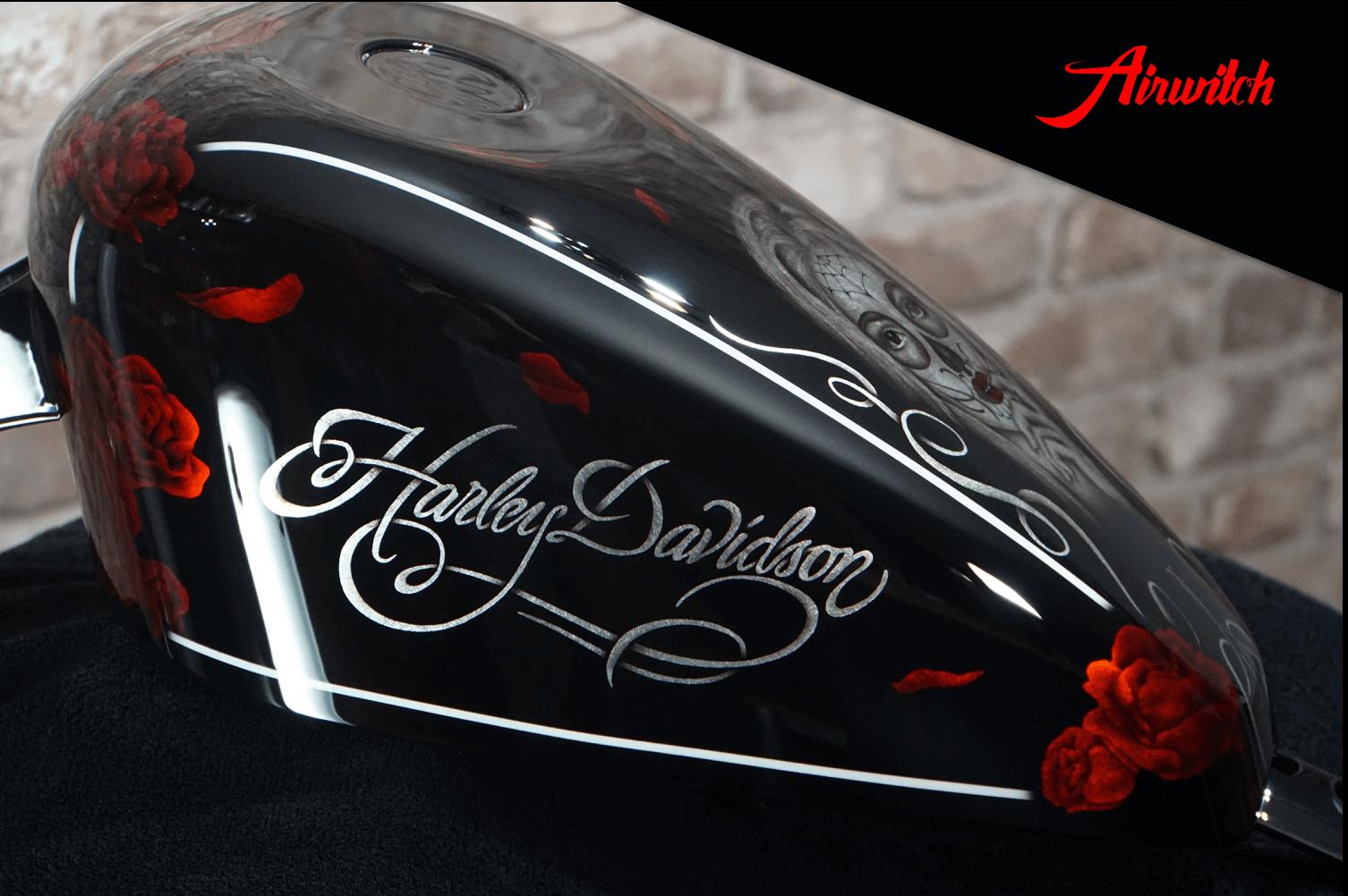 Custom Paint Harley-Davidson Sportster Red Roses La Catrina Airbrush Tank Lackierung Silverleaf
